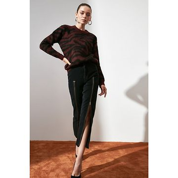 Trendyol Black Soft Textured Special Technical Knitsweater