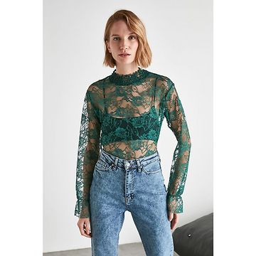Trendyol Emerald Green Lacy Sheer Neckline Knitted Blouse