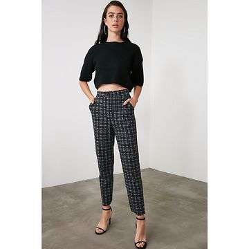 Trendyol Black Plaid Knitted Trousers